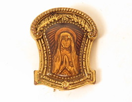 Vintage Signed Virgin Mary Under Resin Gold Plated Catholic Pin Brooch*E900 - $18.80
