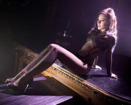 Kristen Bell 16x20 Canvas Giclee Leggy Sexy Profile - $69.99