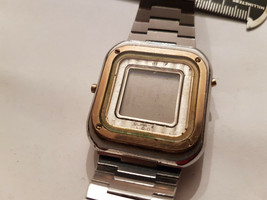Vintage Longines Lcd Square Watch With Original Band For You To Fix Or Parts - $149.97