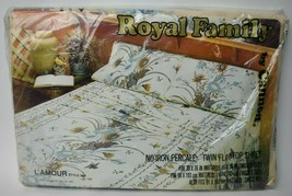 Vintage 1970s NOS Royal Family Cannon Percale Flat Sheet L'Amour Floral 683 - $18.81