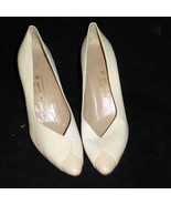 """Bruno Magli 3"""" Pumps Size 9 AA US 39 EU ITALY White High Heels Leather S... - $22.24"""