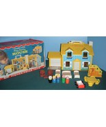 Vtg. Fisher Price Play Family #952 Yellow House Comp.w/Box /EXC++-NEAR M... - $170.00