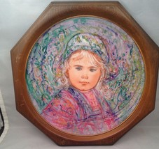 Hibel Framed Plate La Contessa Isabella 1ST In Nobility Of Children Series - $29.35