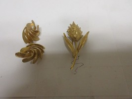 "Costume Jewelry ,Vintage, Floral  Pin , Earrings , 2"" X 1"" & 1/2"" X 1"" - $25.00"