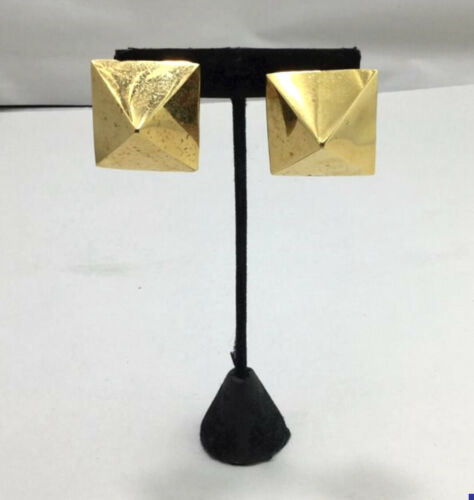 Large Gold Tone Pyramid TOM BINNS Statement 80s Style Earrings Clip On