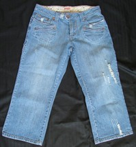 BONGO DISTRESSED DESTROYED Stretch  CAPRI JEANS  sz,7 - $6.99