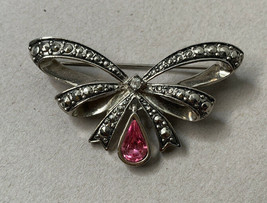 Vintage Avon October Birthstone Pink Brooch Pin Rhinestone Teardrop Silv... - $11.84
