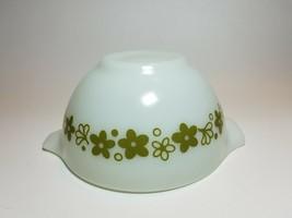Pyrex Spring Blossom 441 Cinderella 1 1/2 Pint Mixing Bowl Green Flower - $23.71