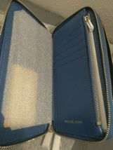 Michael Kors Signature Jet Set Large Double Zip Wristlet - Vintage Blue image 8