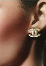 NEW Chanel CC Earrings Large Gold Pearl Embellished Stud Earrings image 2