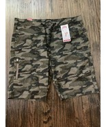 Signature By Levi Strauss Camo Green Men's Utility Shorts hits at knee W... - $21.99