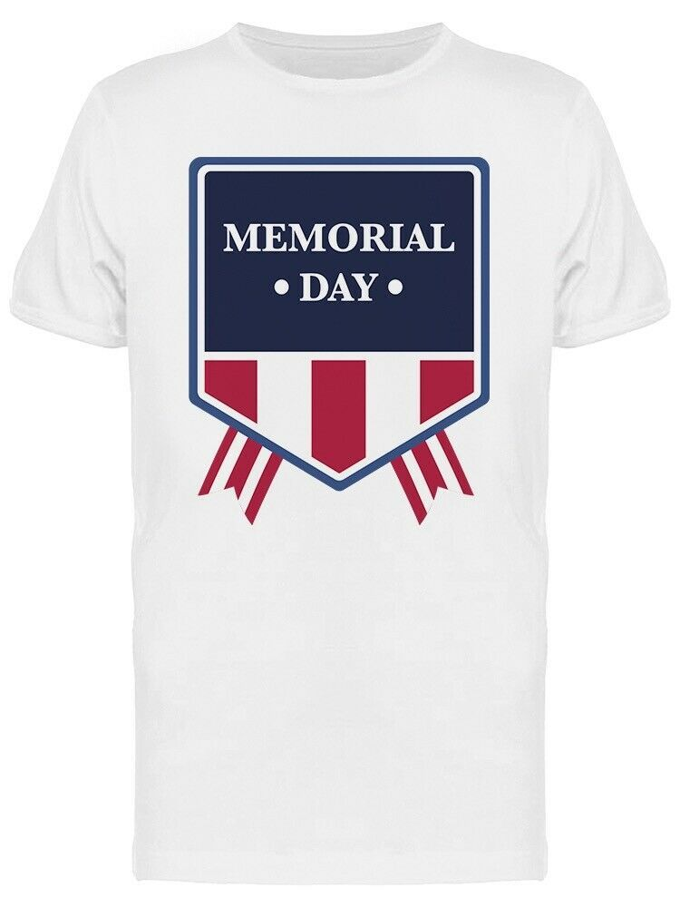 Memorial Day Badge USA Patriotic Graphic Men's T-shirt