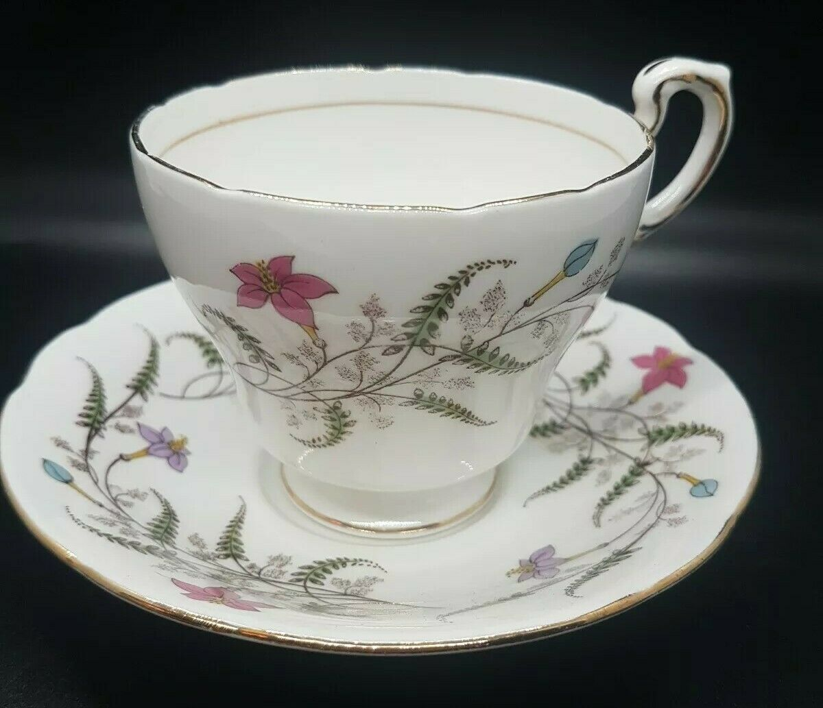 Primary image for Paragon Tea Cup & Saucer by Appt to Her Majesty the Queen Floral Pink Botanical