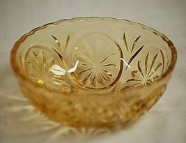 Medallion Honey Gold Anchor Hocking Glass Dip Bowl Stars & Cameo Replace... - $16.82