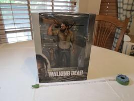 Mcfarlane AMC The Walking Dead Rick Grimes 10 IN Deluxe Acción Figura Re... - $53.32