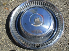 One1969 Chrysler 300 15 inch hubcap wheel cover - $18.50