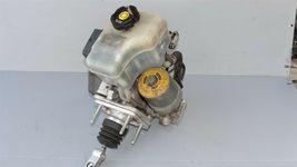 06-10 Hummer H3 ABS Brake Master Cylinder Booster Pump Actuator Controller image 6