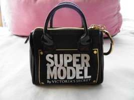 VICTORIA'S SECRET SUPER MODEL FAUX PATENT LEATHER KEYCHAIN ZIPPERED COIN... - $15.83