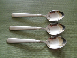 Cuisinart Oxford set of 3 place / oval soup spoons - $13.81