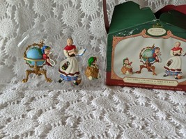Hallmark Ornament Collectors Club Lettera, Globus & Mrs. Claus 3 Piece Set - $9.69