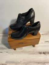 CLARKS Women's Bendables Black Leather Side Zip Heel Ankle Boot Booties ... - $29.47