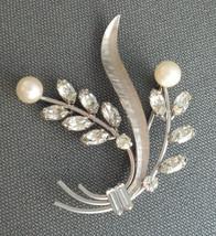 Vintage Krementz Pin Brooch Silver Tone Spray Cultured Pearls & Rhinesto... - £18.40 GBP