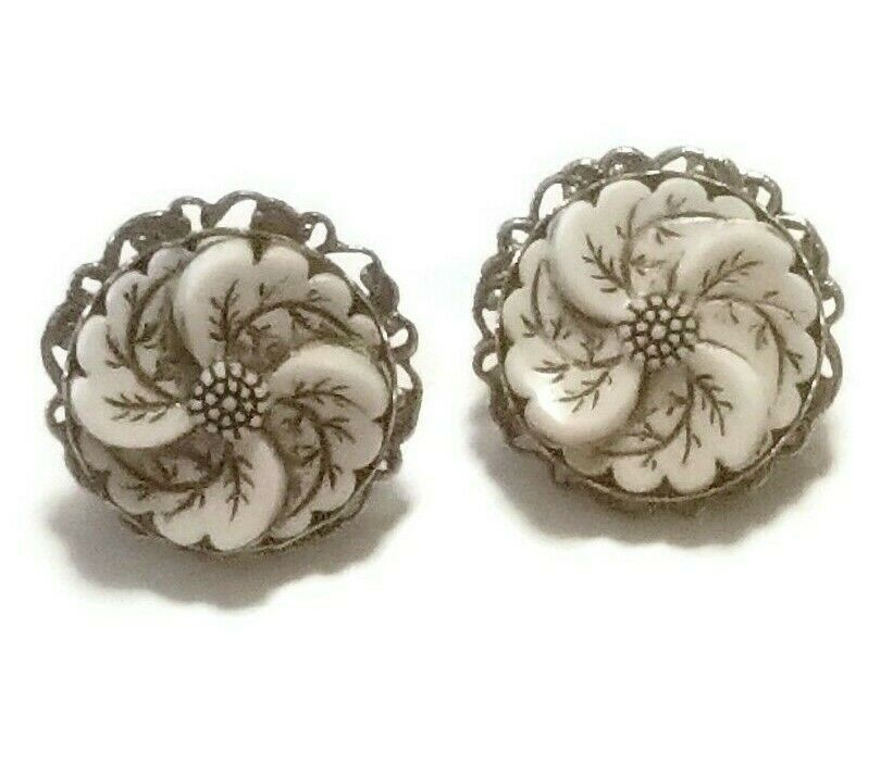 Primary image for Vintage White Flower Screwback Earrings Wedding Earring Winter Jewelry
