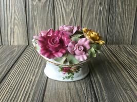 Vintage 1962 Royal Albert Old Country Roses Porcelain Basket Of Roses Music Box - $43.48