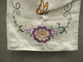 Tea Towel 38 In Kitchen Bathroom Crewel Embroidery Hand Stitch Floral Butterfly image 2