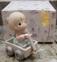 NEW Precious Moments WISHING YOU A WORLD OF PEACE figurine 1999  - $13.88