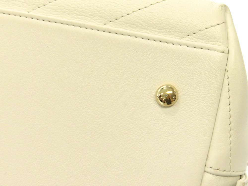 CHANEL Handbag Leather White Chevron V Stitch 2Way Shoulder Bag Italy Authentic image 6