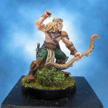 Painted Ral Partha Crucible Miniature Royal Elf Archer I - $37.25