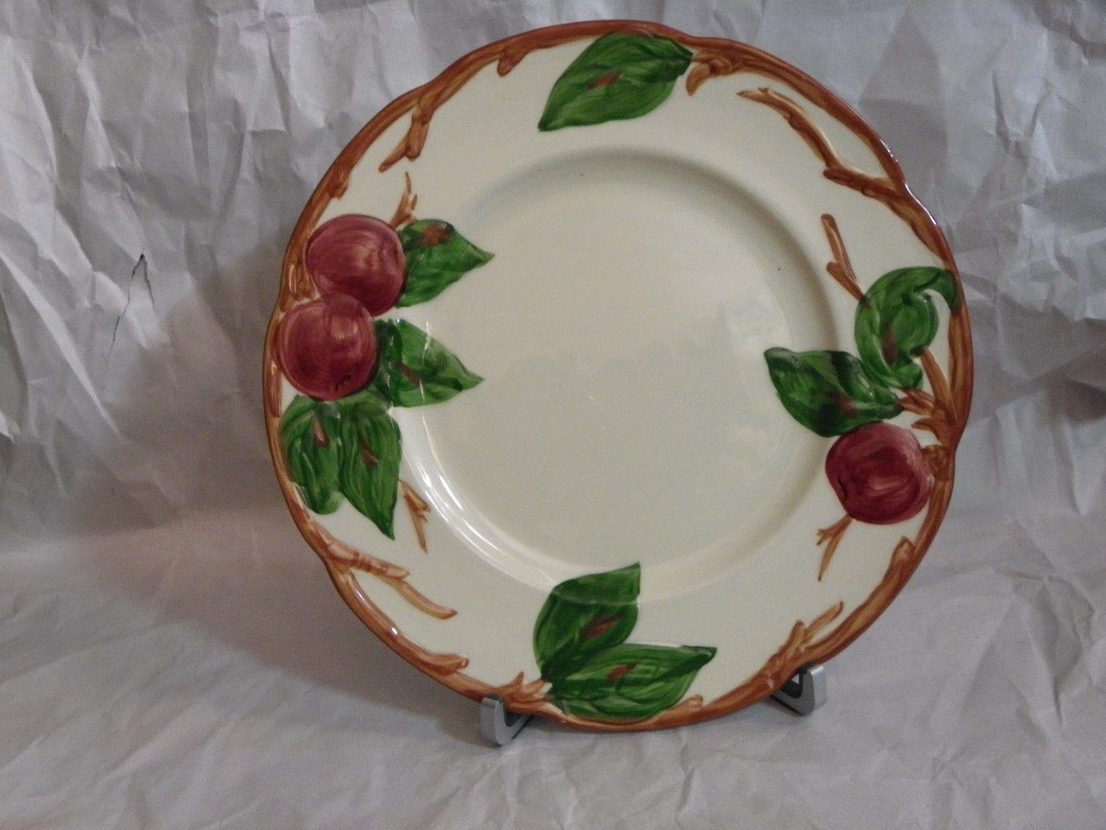 Franciscan Earthenware USA Red Apples Green Leaves Ivy Gravy Boat & Plate