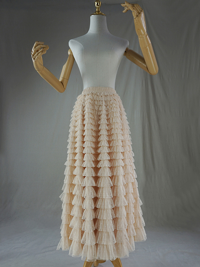 Tulle skirt champagne dot 1