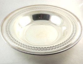 William Rogers silver plate serving bowl with edge open cut roping vinta... - $31.68