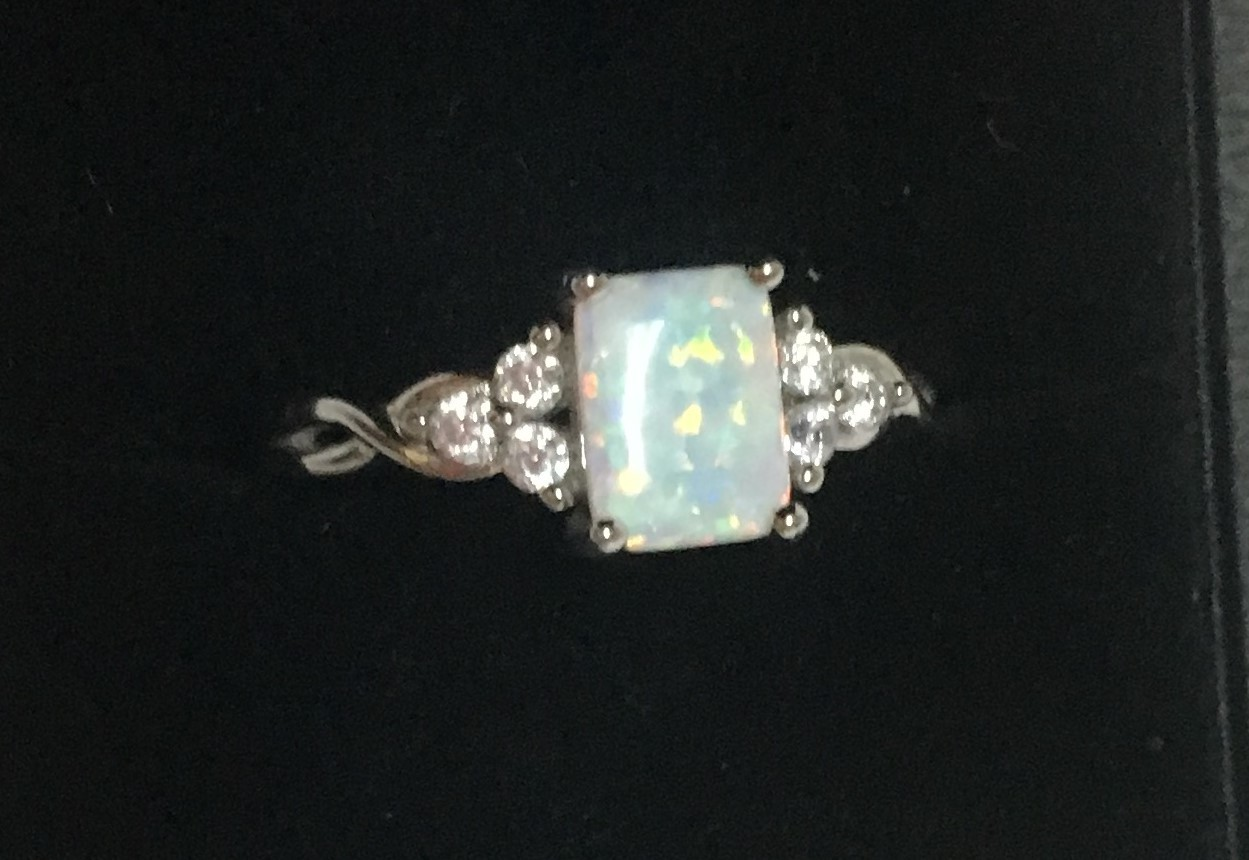 Sterling Silver 925 Lab Created Opal Ring SZ 9