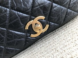 AUTHENTIC CHANEL BLACK QUILTED LEATHER 2-WAY CHAIN FLAP BAG GHW image 7