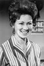 Marion Ross in Happy Days 18x24 Poster - $23.99