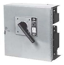 HCP327HT 240VAC 800A 250HP 3Pole Horizontal Panelboard Disconnect Switch - $2,588.12
