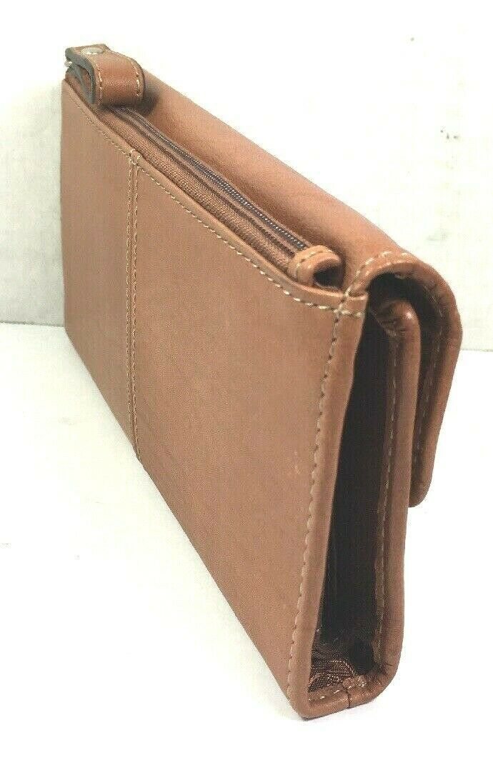 Fossil Brown Leather Clutch Wallet image 6