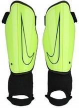 NIKE Youth Charge 2.0 Soccer Shin Guard Yellow Black small NIP - £11.65 GBP