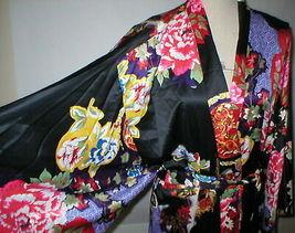 NWT New Designer Natori Wrap Robe Womens S Silky Satin Flowers Blue Red White image 6