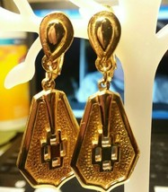 """Vintage Jewelry: 1 1/2"""" Gold Tone Clip On Earrings 04-18-2020 - $7.91"""