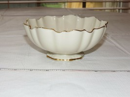 "Lenox Sculptured bowl Hand Decorated with 24KT Gold 6"" nut candy dish bowl - $24.04"