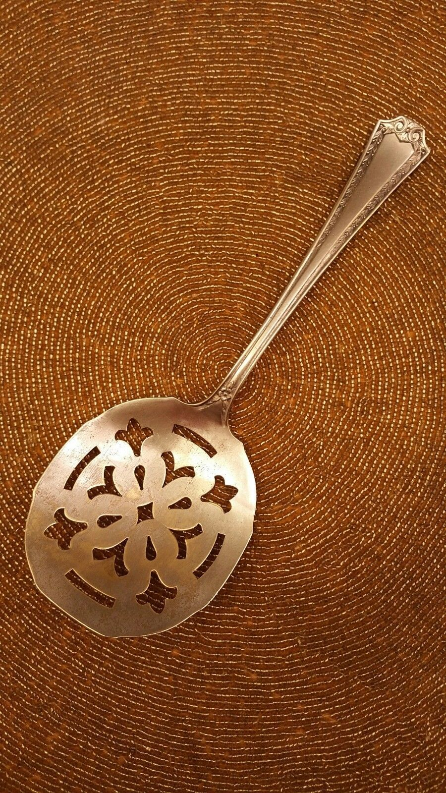 "Primary image for Sheffield Silver Company USA 8 5/8"" Tomato Server Silverplate Laurel and Scroll"