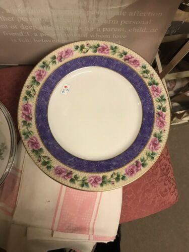 Black Knight Bavaria Dinner Plate Purple Edge Pink Roses