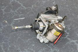 03-04 Lexus Gx470 Toyota 4Runner Abs Brake Master Cylinder Pump Assembly Module image 3