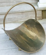 VINTAGE LARGE BRASS LOG BASKET HOLDER CARRIER FIREPLACE ACCESSORY FOOTED - $109.99