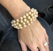 "Vintage 1950s/60s Pearl Bead 4 Row Gold Elastic Stretch Bracelet 1"" Wide - $13.30"