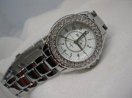 L66, DA VANCI, Ladies Silver Tone Watch, Crystal Surround, Adj. Link Band, wb - $25.69